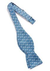 Vineyard Vines 'Angel Fish' Silk Bow Tie