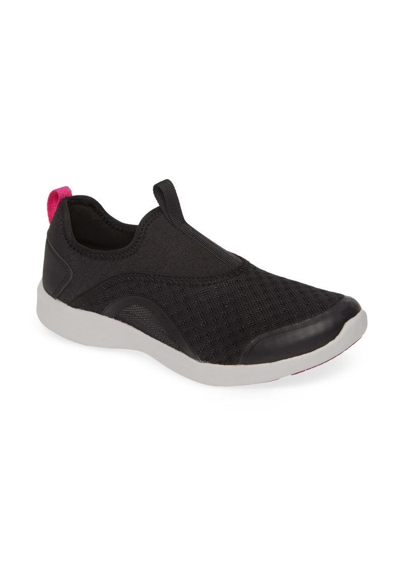 Vionic Yvonne Sneaker (Women)