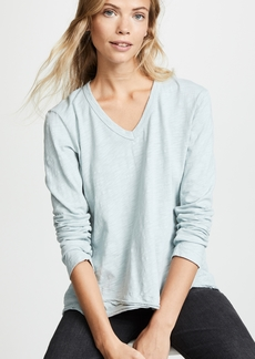 Wilt Shrunken V Neck Mock Hem Tee
