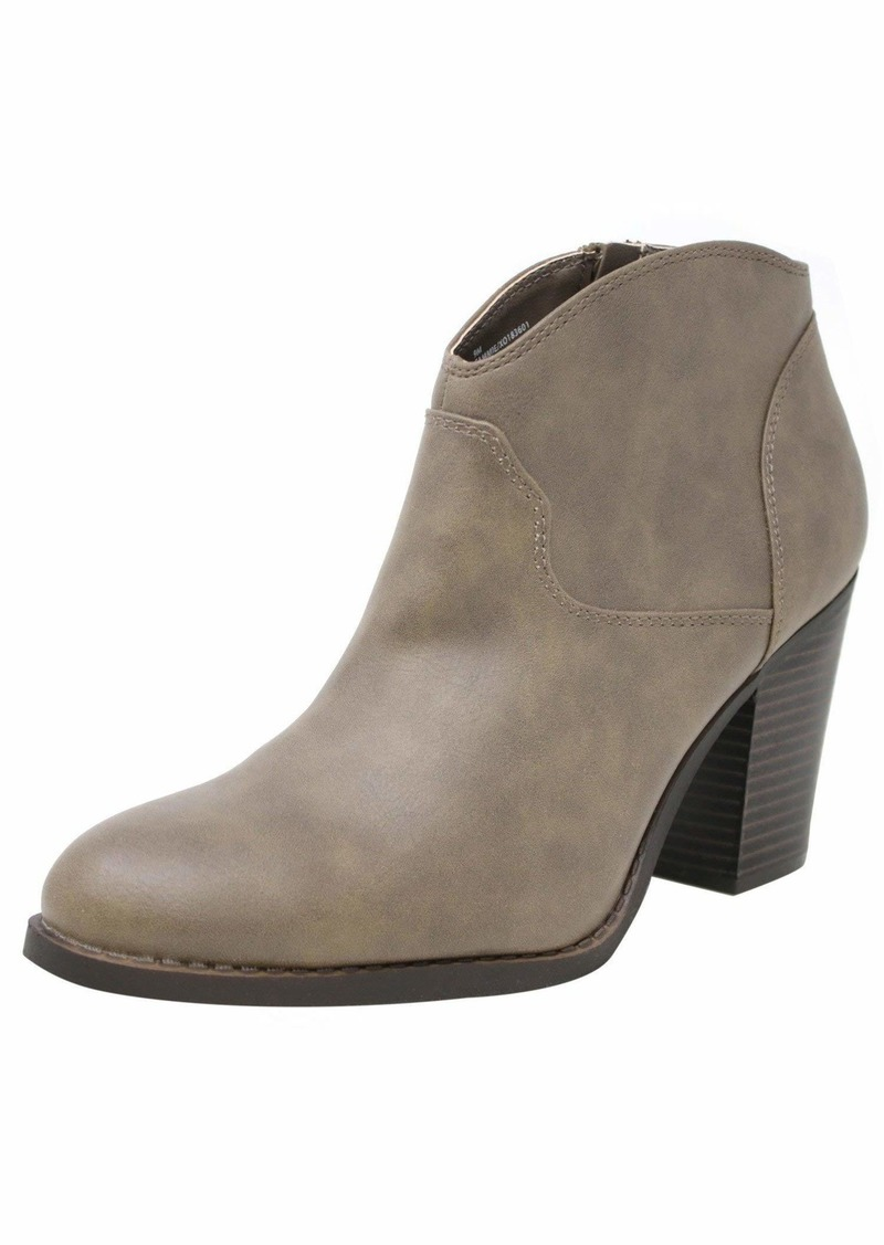 XOXO Women's Cammie Ankle Boot   M US