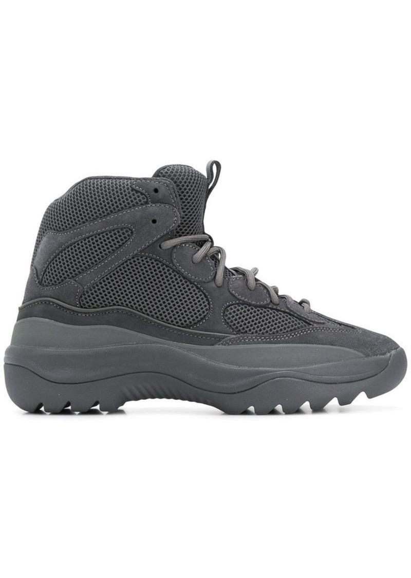 b7ef670005059 Yeezy Season 6 Desert Rat boots