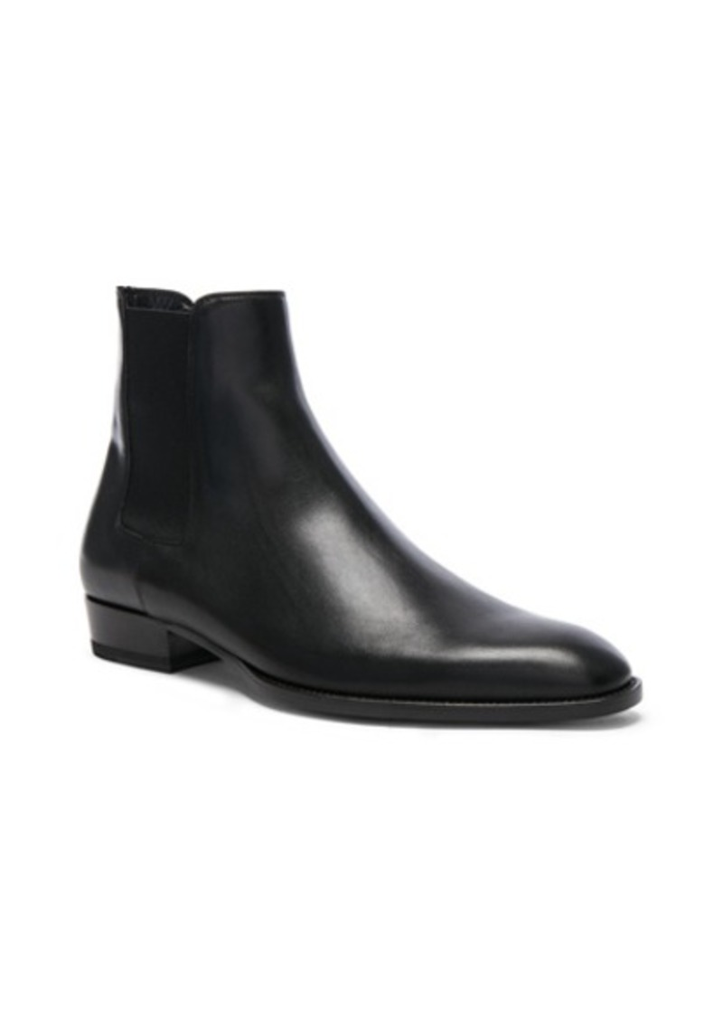 Yves Saint Laurent Saint Laurent Leather Wyatt Chelsea Boots