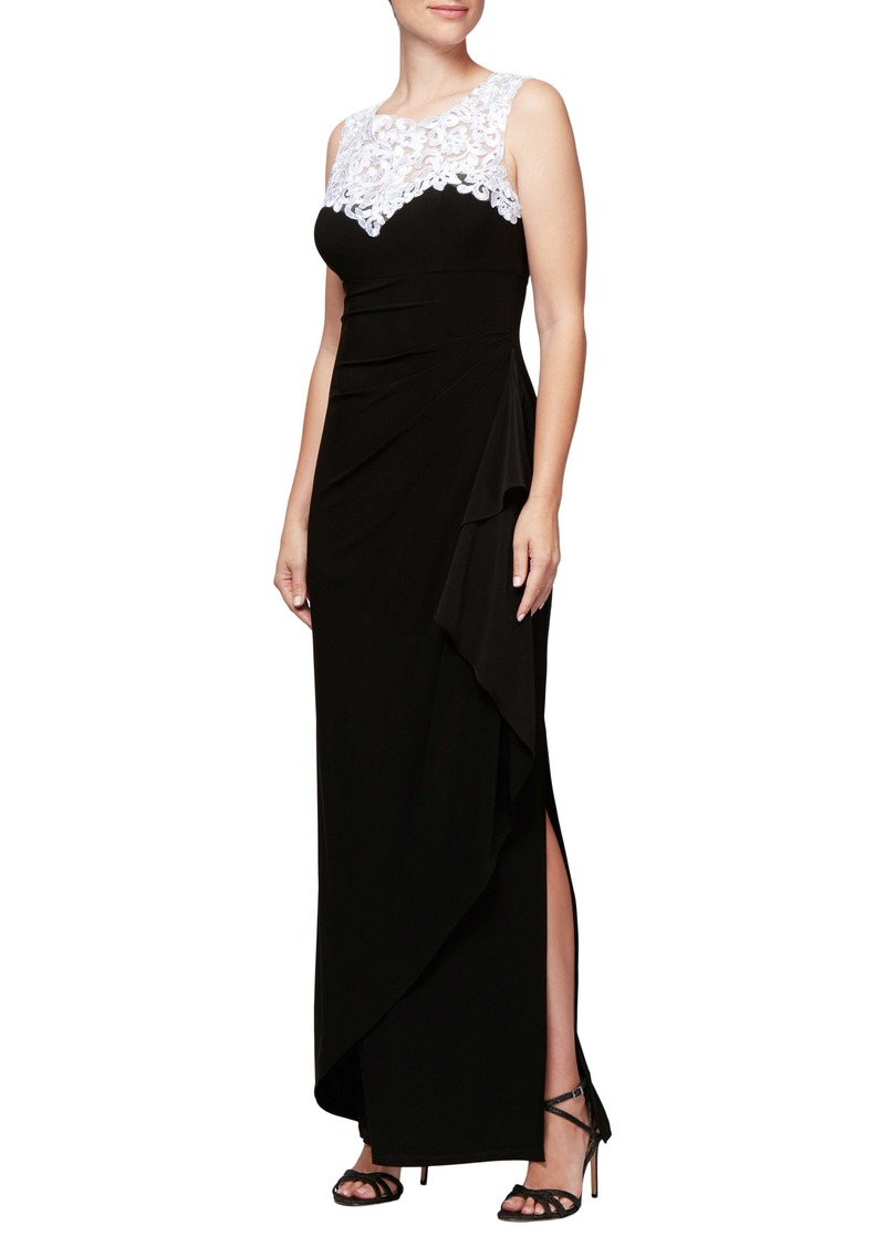 Alex Evenings Embroidered Side Ruched Gown (Regular & Petite)