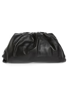 Bottega Veneta The Pouch Leather Clutch - Grey