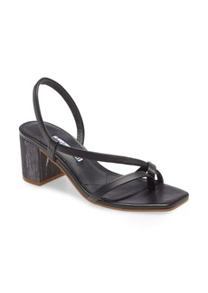 Charles David Clay Sandal (Women)