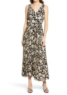 Chelsea28 Floral Surplice Sleeveless Dress