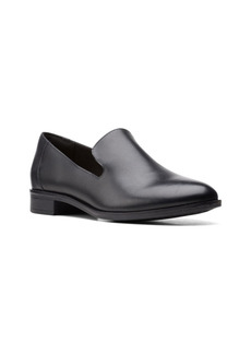 Clarks Collection Women's Trish Style Loafers Women's Shoes