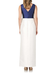 Kay Unger New York Kay Unger Haley Two-Tone Satin Bow Front Gown