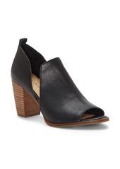 Lucky Brand Junai Sandal (Women)