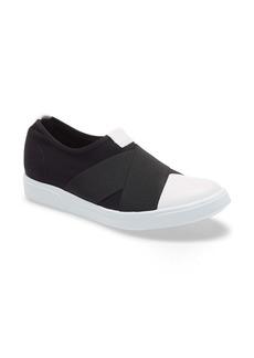 Munro Anjela Slip-On Sneaker (Women)
