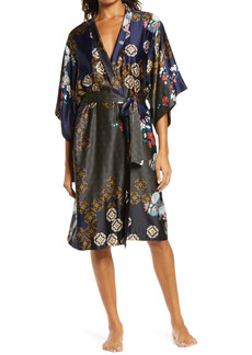 Natori Medallion Short Robe