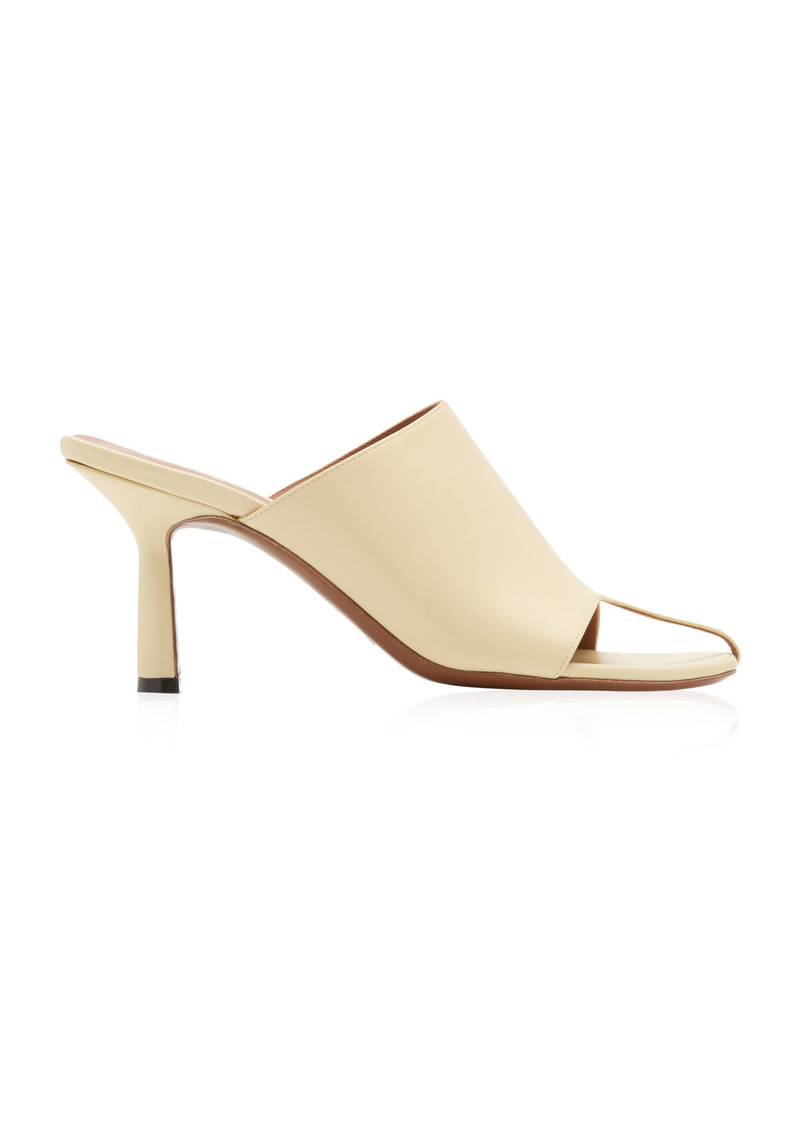 Neous - Women's Jumel Leather Mules - White - Moda Operandi