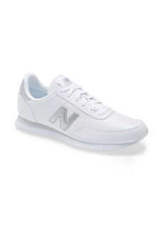 New Balance 720 Sneaker (Women)