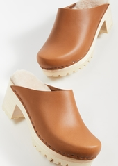 No.6 Liza Mid Tread Clogs