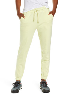 The North Face Camp High Waist Sweatpants
