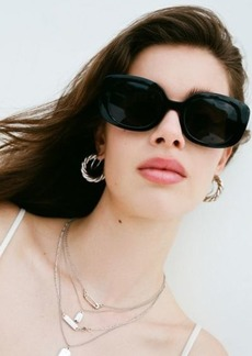Urban Outfitters Exclusives Claro Chunky Rectangle Sunglasses