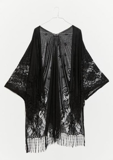 Urban Outfitters Exclusives UO Floral Lace Robe