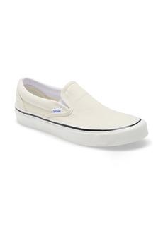 Vans Classic 98 DX Slip-On Sneaker (Unisex)