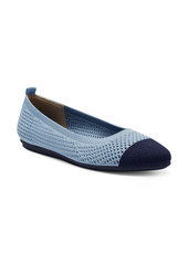 Vince Camuto Femils Washable Knit Cap Toe Flat (Women)