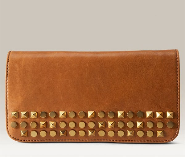 Deal of the Day: Tory Burch 'Linden-Desert' Leather Clutch
