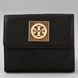 Deal of the Day: Tory Burch Wallet