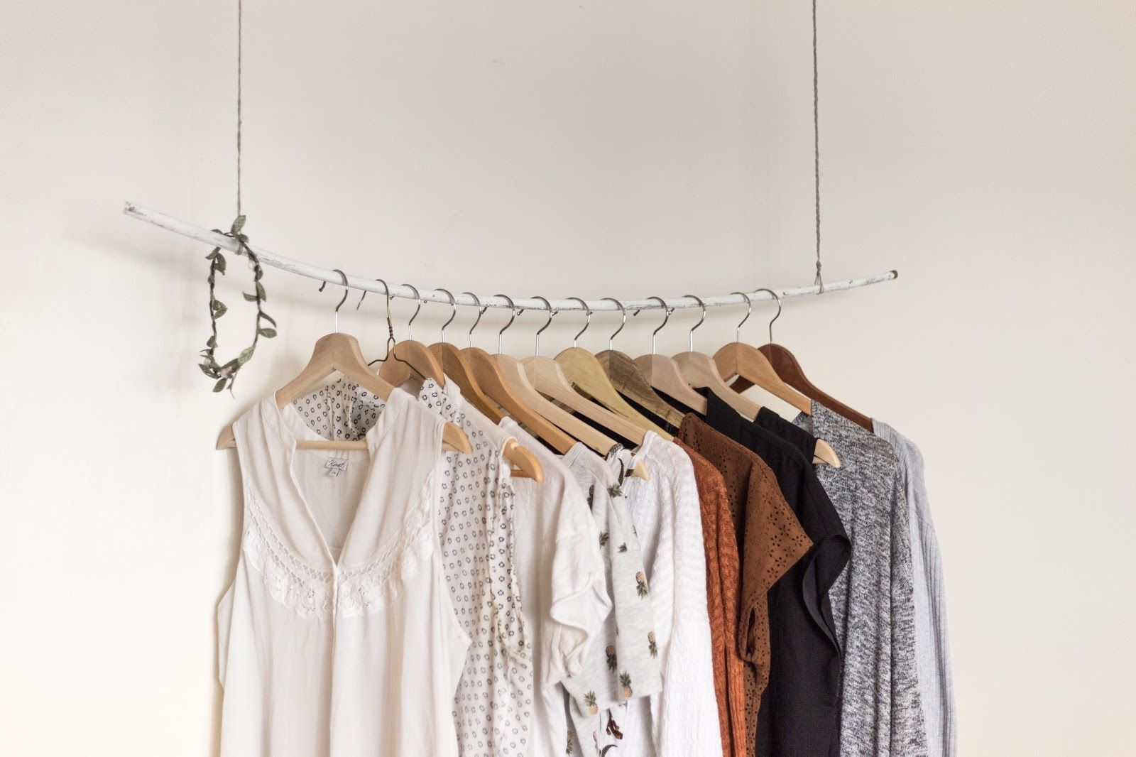 How to Build the Perfect Capsule Wardrobe