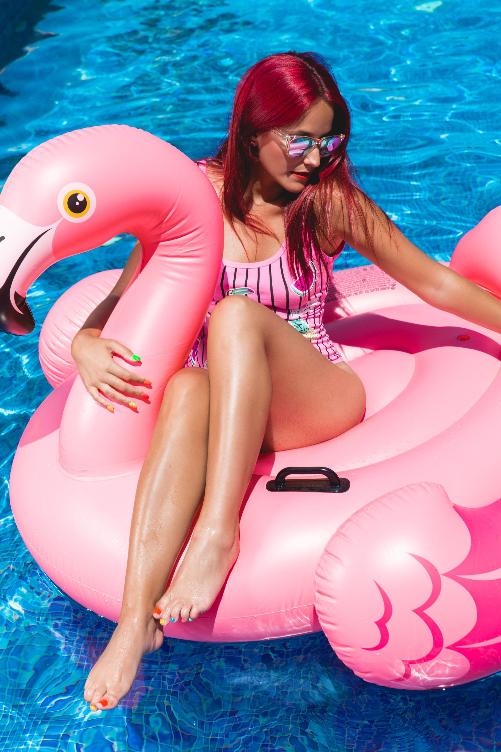 What to Wear for A Pool Party