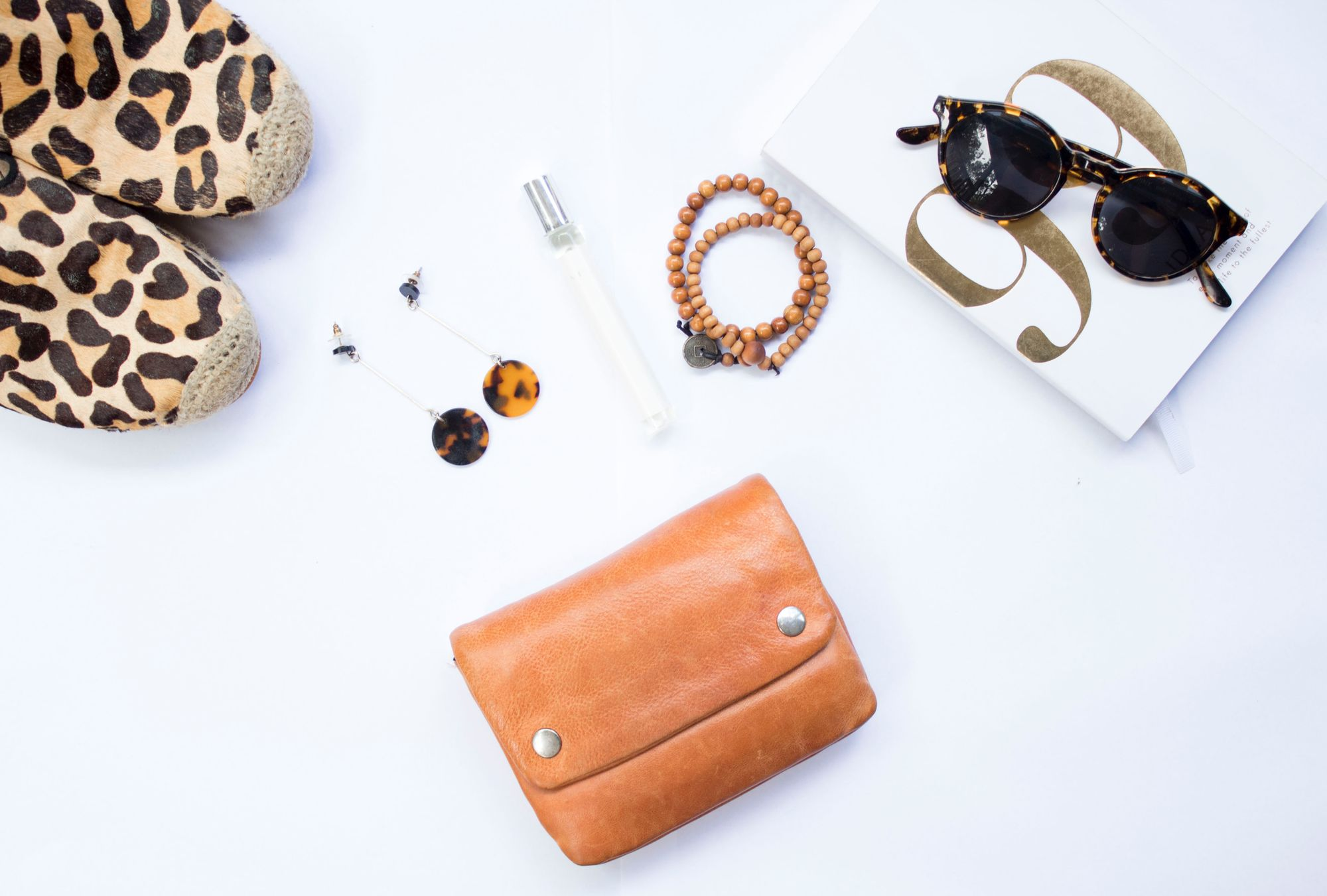 10 Accessory Essentials That Should Be in Everyone's Closet
